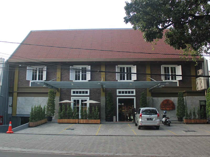 Wijaya Outlet - Igor's Pastry store