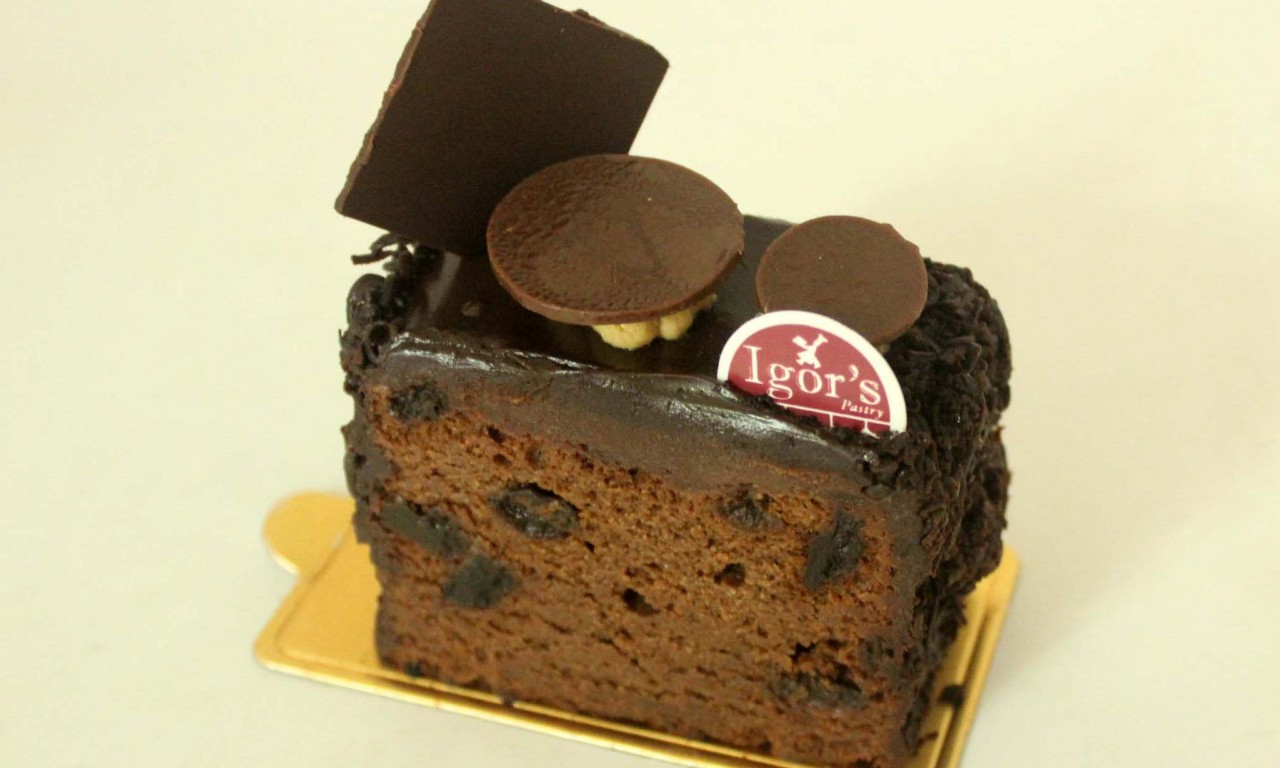 Moist Chocolate Cake - Igor's Pastry products