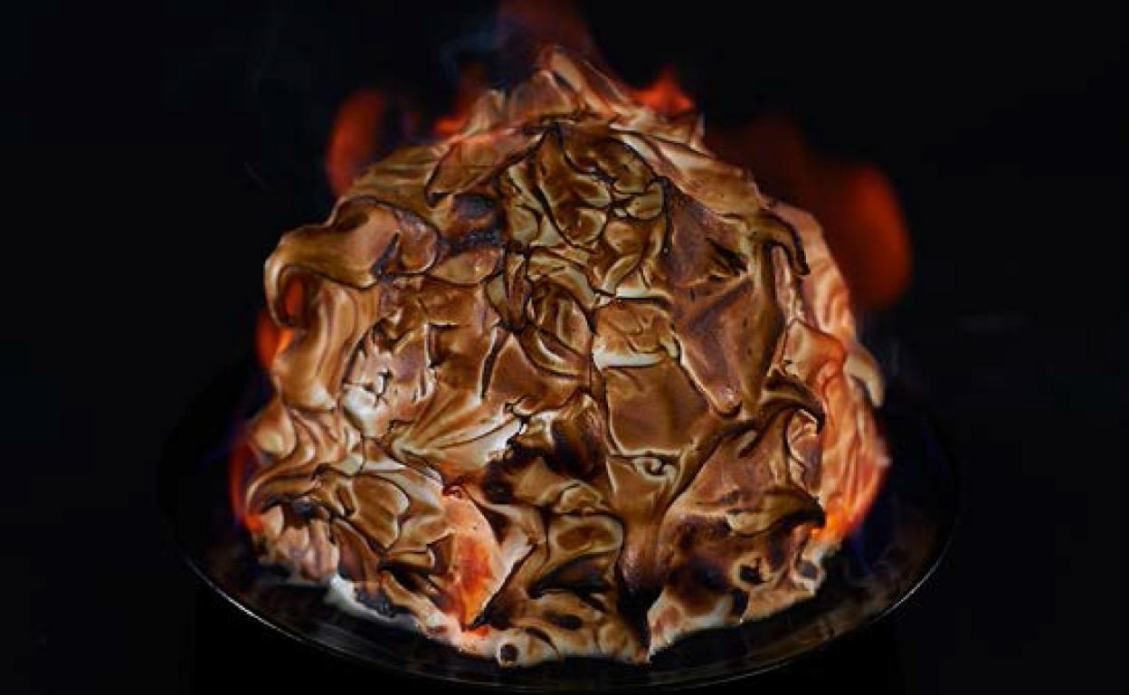 Baked Alaska - Igor's Pastry & Cafe | The Best Fine Pastry in Surabaya products